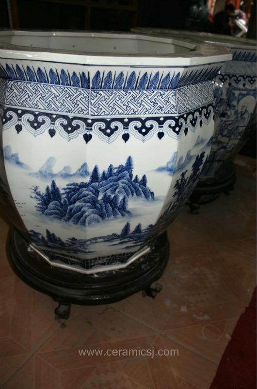 Chinese Blue White Ceramic Planter RYUZ05