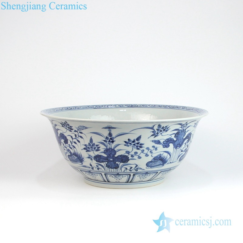 traditional Chinese style blue and white mandarin duck porcelain large bowl